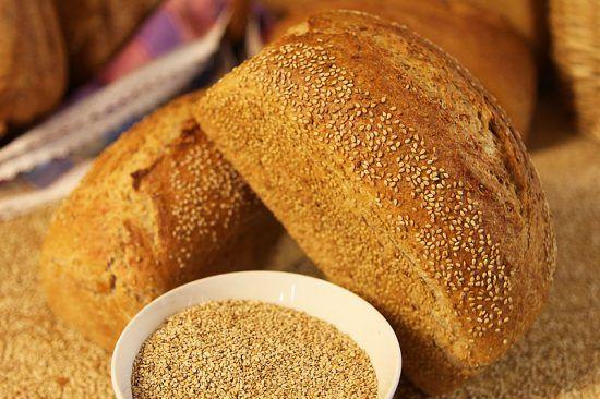 Pan de trigo con sésamo